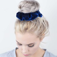 scrunchie_blue_velvet__35021-1451504890-1280-1280
