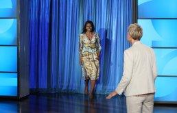 michelle-cohosted-ellen-show-her-gucci-dress