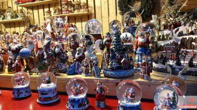 Cologne's best Christmas markets decorations.jpg