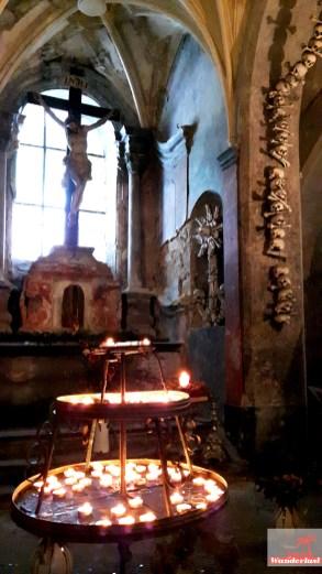 the-bone-church-of-kutna-hora-sedlec-ossuary-3