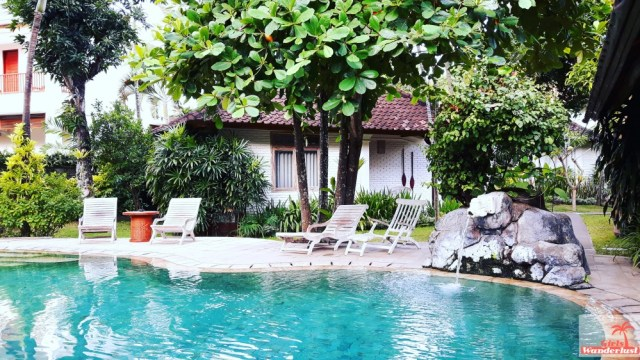 Overnight at a hidden and beautiful gem in Bali Sanur House - Pool - by @girlswanderlust #sanurhouse #sanur #bali #travel #girlswanderlust #indonesia #indonesie