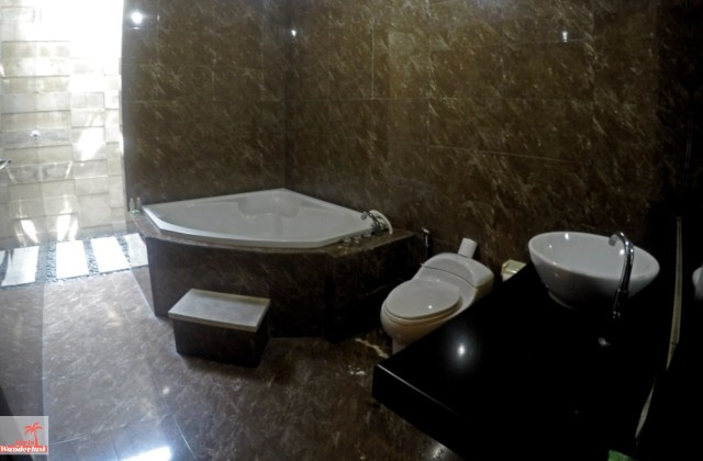 Great value for money; overnight at Sindhu Mertha Suite Sanur, Bali Indonesia by @girlswanderlust Bathroom #sindhu #mertha #suite #bali #sanur #indonesia #asia #hotelreview #sanurbali #h