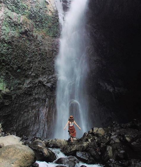 Yeh Mempeh Waterfall @wellenodilia