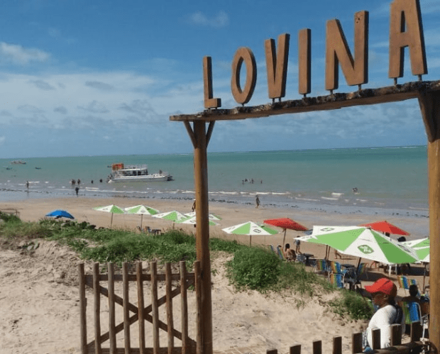 Travel guide Lovina, Bali – Advice on travel, restaurants, nightlife, activities, and more! by @girlswanderlust Photo @ivanilzamacedo #lovina #bali #indonesia #lovinabali #travel #wanderlust #girlswande.PNG