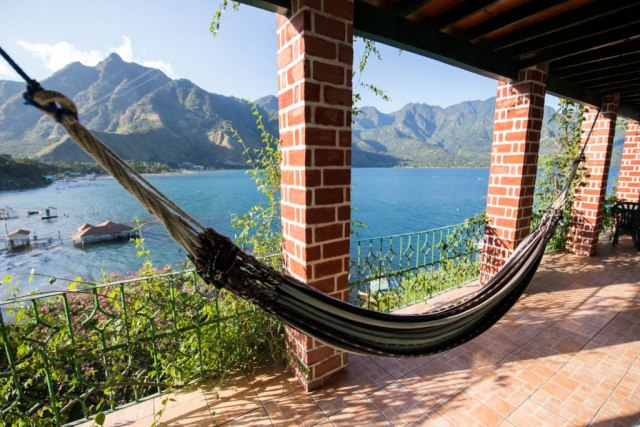 Eco hotel Uxlabil Atitlán by @girlswanderlust #uxlabil #ecohotel #eco #hotel #sanjuan #sanjuanlalaguna #atitlan #lagoatitlan #lakeatitlan #girlswanderlust #travel #Traveling #lake #guatemala  10.jpg