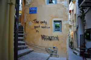 Girls Who Travel | Graffiti