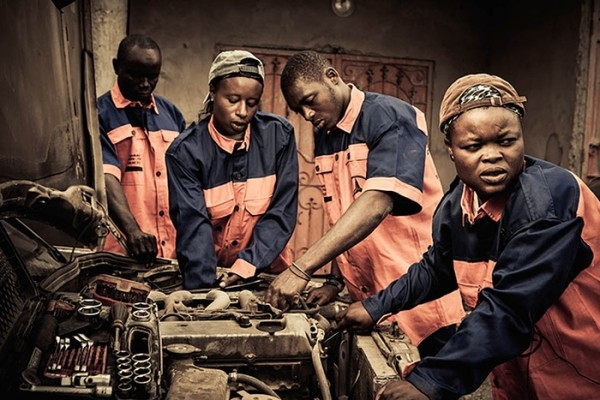 female-mechanic