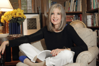 Author Interview with Hank Phillippi Ryan