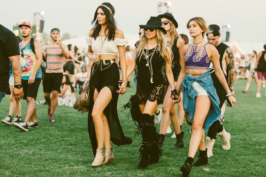 Best Fashion for Coachella Festival 2019, Girl Who Travels the World