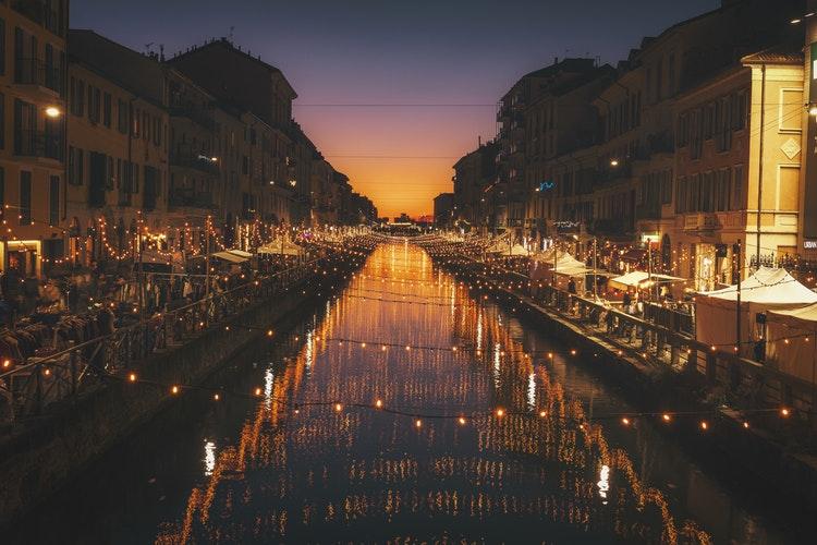 20 Photos to Inspire Your Italy Travels, Girl Who Travels the World, Alzaia Naviglio Grande, Milano, Italy