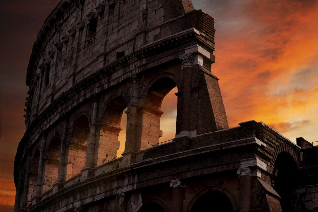 20 Photos to Inspire Your Italy Travels, Girl Who Travels the World, Colusseum, Rome
