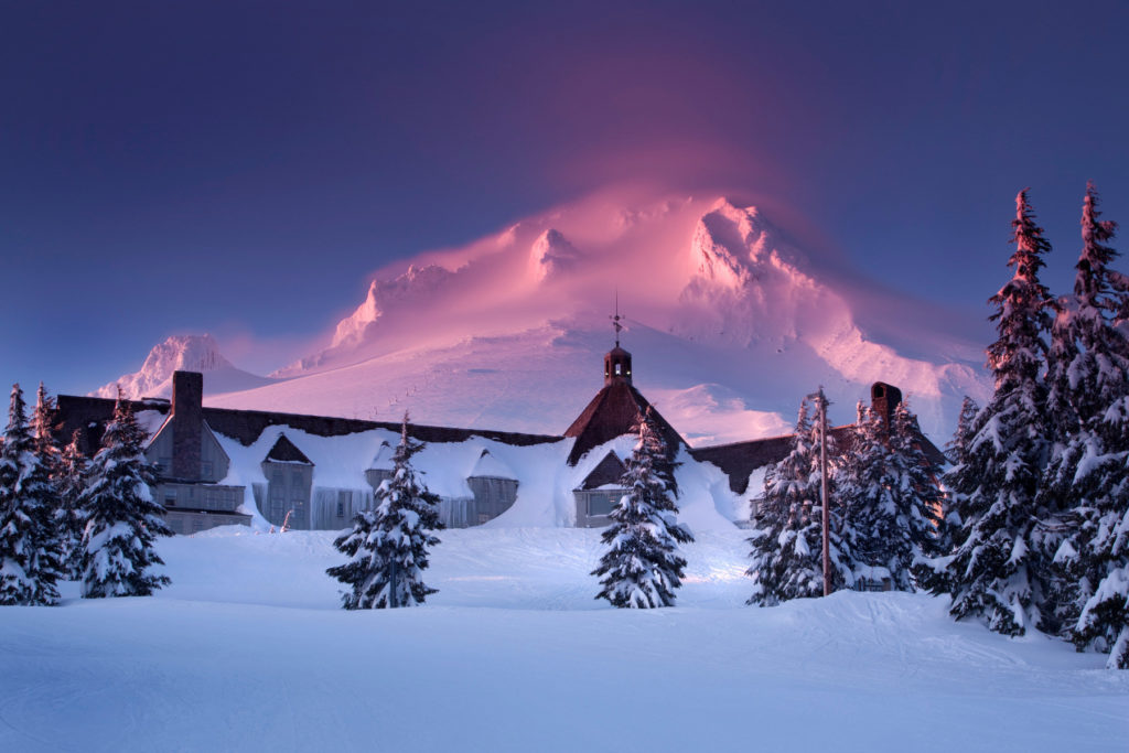 How to Get to Paradise Park Hike in Oregon, Girl Who Travels the World, Timberline Lodge