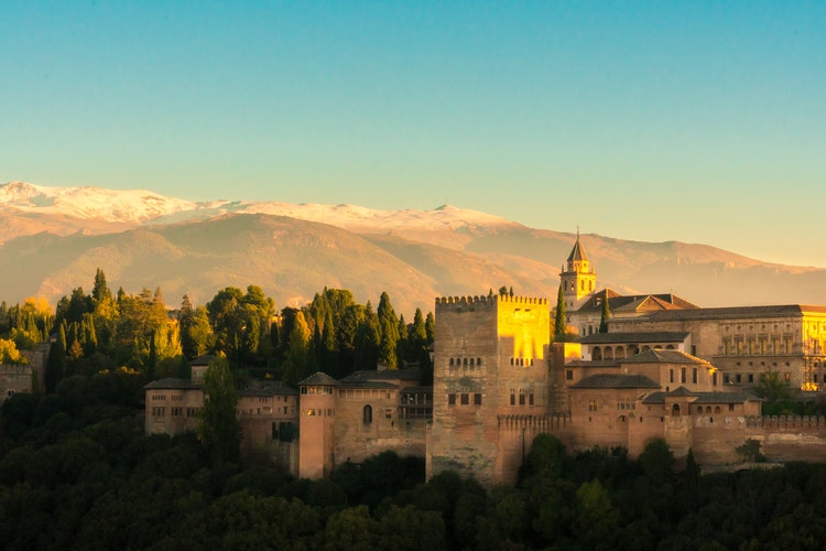 Ultimate Girl's Guide to Spain Travel, Girl Who Travels the World, Alhambra