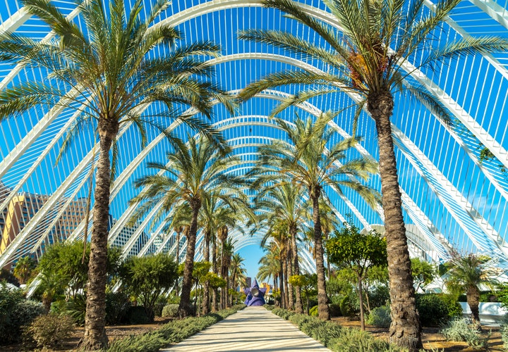 Ultimate Girl's Guide to Spain Travel, Girl Who Travels the World, Valencia, Spain