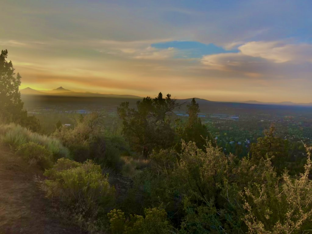 Guide to a Perfect 3-Day Weekend in Bend, Oregon, Girl Who Travels the World, Pilot Butte