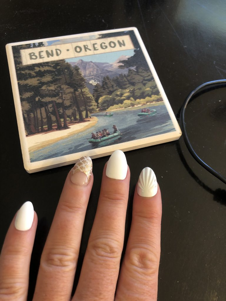 Your OWN Nails at Home, Girl Who Travels the World
