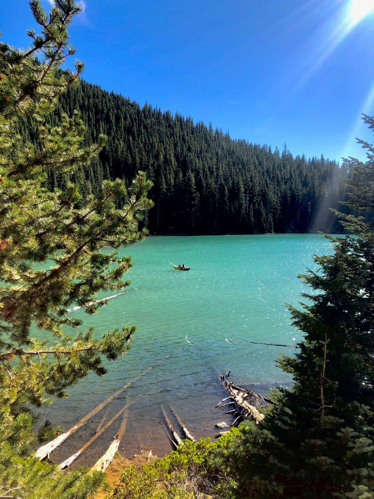 Top Five Lakes by Bend, Oregon, Girl Who Travels the World, Devils Lake