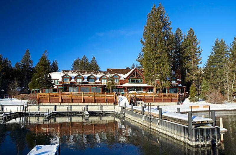Best Lakefront Resorts in Lake Tahoe, Girl Who Travels the World, Sunnyside