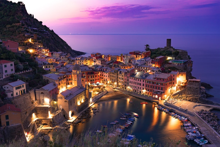 How to Hike Cinque Terre in Italy, Girl Who Travels the World