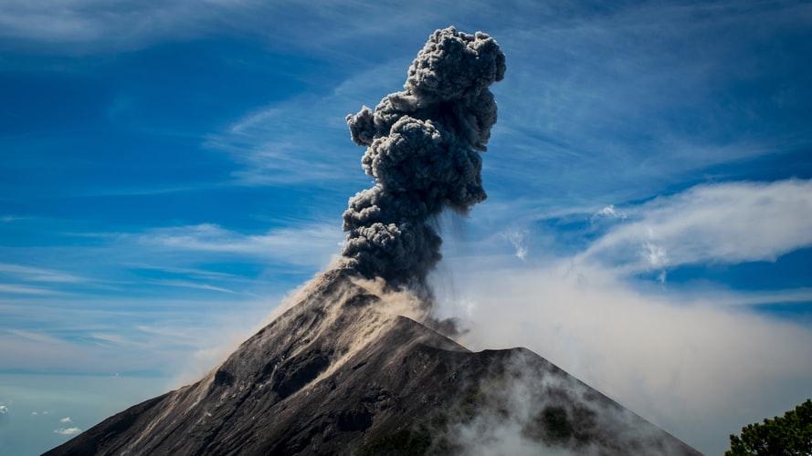 Solo Female Travel in Antigua, Guatemala, Girl Who Travels the World, Volcan Fuego, Antigua, Guatemala