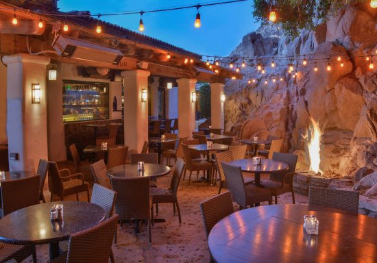 Best Happy Hour Spots in La Quinta, Girl Who Travels the World