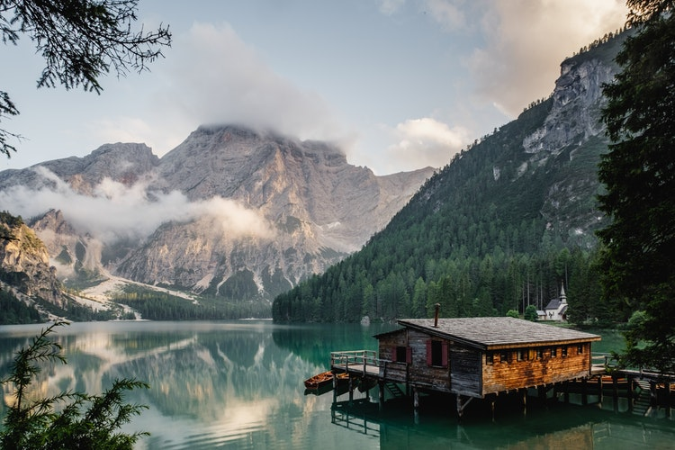 Top 5 Most Gorgeous Lakes in the Dolomites, Girl Who Travels the World