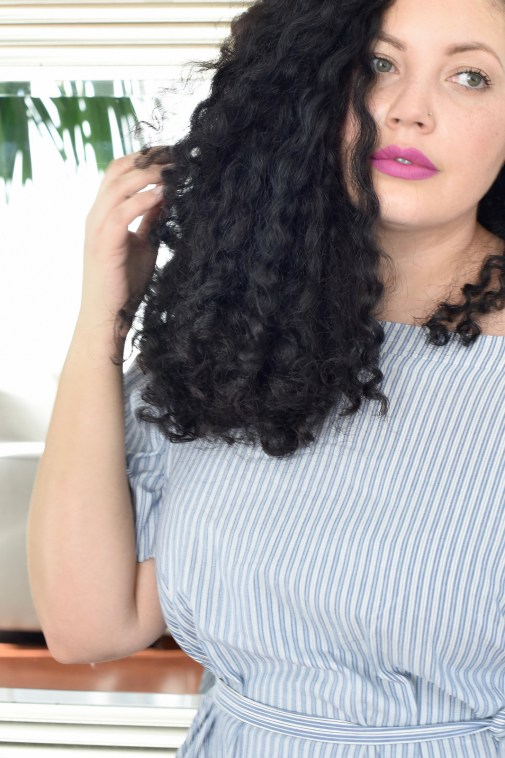 How to Get Healthier, Shinier Hair via @GirlWithCurves