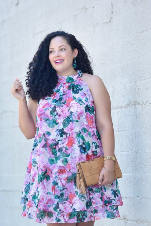 The Day to Night Dress Everyone Looks Amazing In via @GirlWithCurves