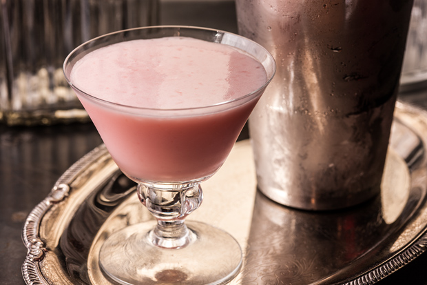America boasts an almost endless array of liquor, making the choice of one signature cocktail for each state a tricky task. But every state gets tipsy in its own special way, and we chose these.