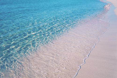 「イビザ島」「サンゴ礁」「ビーチ」「フォルメンテーラ島」「リゾート」「南国」「夏」「海」「砂浜」「離島」などがテーマのフリー写真画像