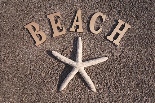 「ビーチ」「ヒトデ」「文字アート」「海」「砂浜」などがテーマのフリー写真画像