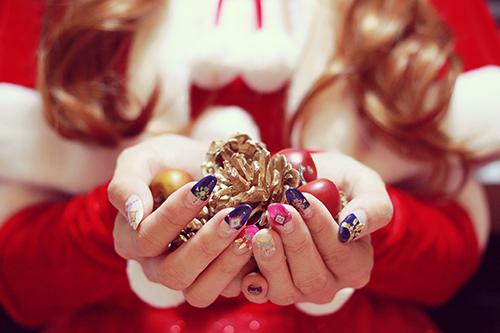 「クリスマスパーティ」「サンタ」「女性・女の子」「植物」などがテーマのフリー写真画像