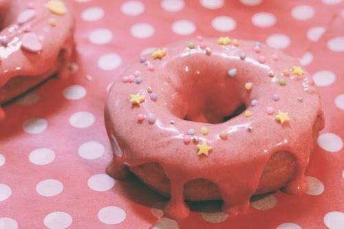 「お菓子」「お菓子作り」「チョコレート」「ドーナツ」「食べ物」などがテーマのフリー写真画像