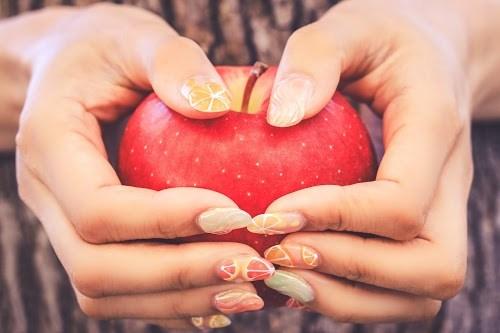 フルーツたっぷり♡ジューシーネイルとりんご