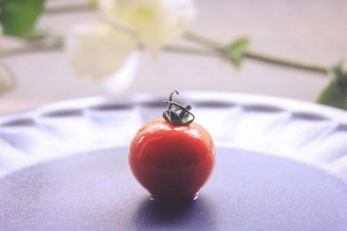 「トマト」「みつトマト」「俯瞰撮り」「真上から」「野菜」などがテーマのフリー写真画像