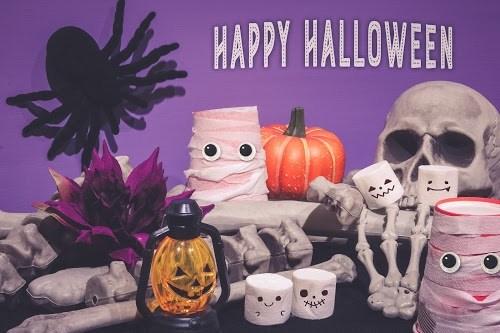 「オバケ」「お菓子」「お菓子作り」「マシュマロ」「夜」「秋」などがテーマのフリー写真画像
