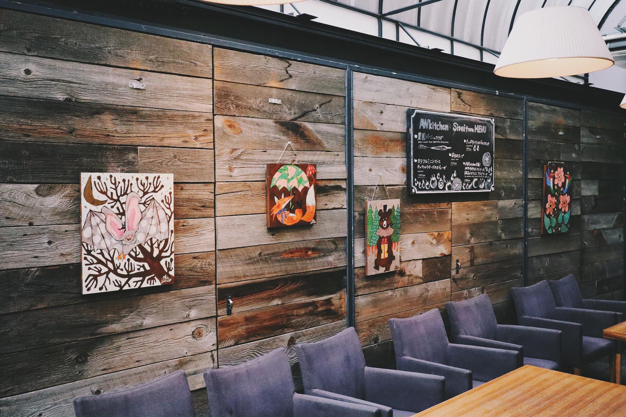 「カフェ」「フォーク」「店内」などがテーマのフリー写真画像