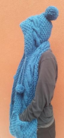 BobbleHatandScarf-side_medium2