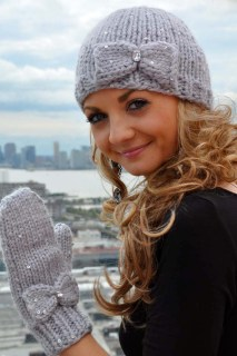 """Snow Princess"" Girls and Adult Sequin Hat and Mitten Set with Bow Detail and iPhone Compatibility"