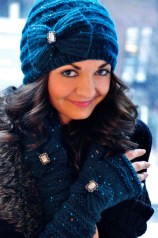 """""""Your Time to Shine"""" Sequin Bow Hat and Glove Set"""