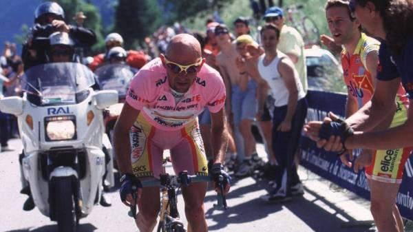 Il Giro del 1999 è di Gotti. Chiedere di riassegnarlo a Pantani è un modo per lavarci la coscienza