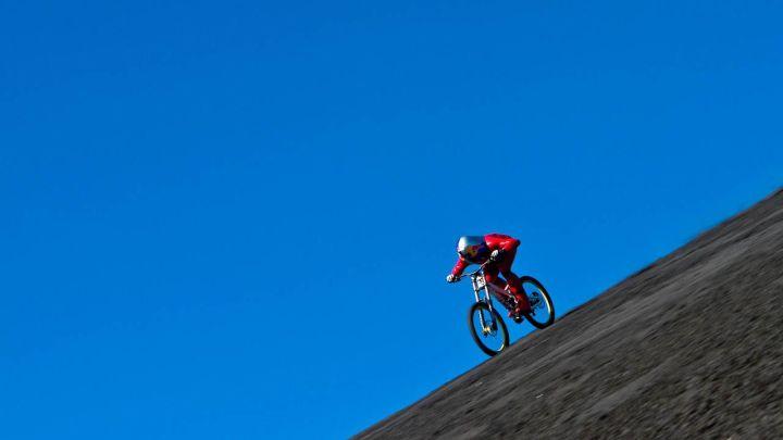Su due ruote a 167 all'ora nel deserto