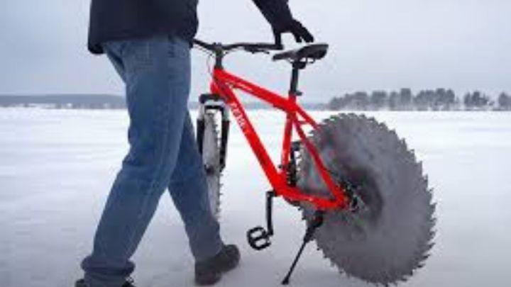 Pedalare sul ghiaccio