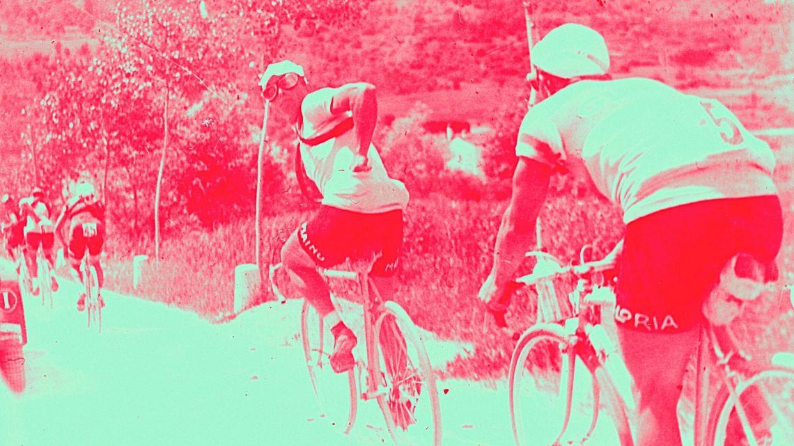 L'apparizione della maglia rosa al Giro d'Italia