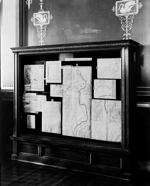 1935 display of maps drawn by Gen. George Washington during the Revolutionary War at the Library of Congress.