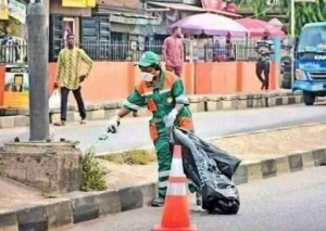 Funke Akindele seen cleaning the streets