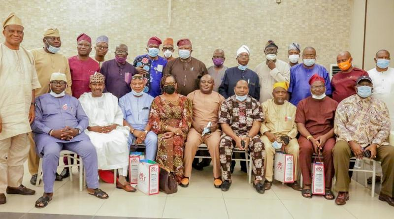 2023: South-West Speakers, Top Ex-lawmakers Unite in Ibadan For Tinubu