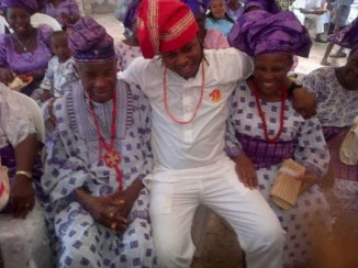 Yemi-Sax-and-Shola-Durojaiye's-Marriage-Introduction010108-600x450