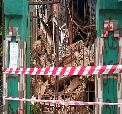 Family Of Five Escapes Death As Building Collapses In Anambra