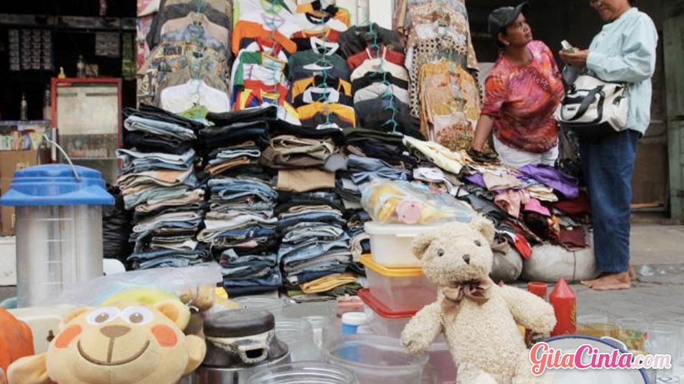 Bisnis Rongsokan - (Sumber: tribunnews.com)